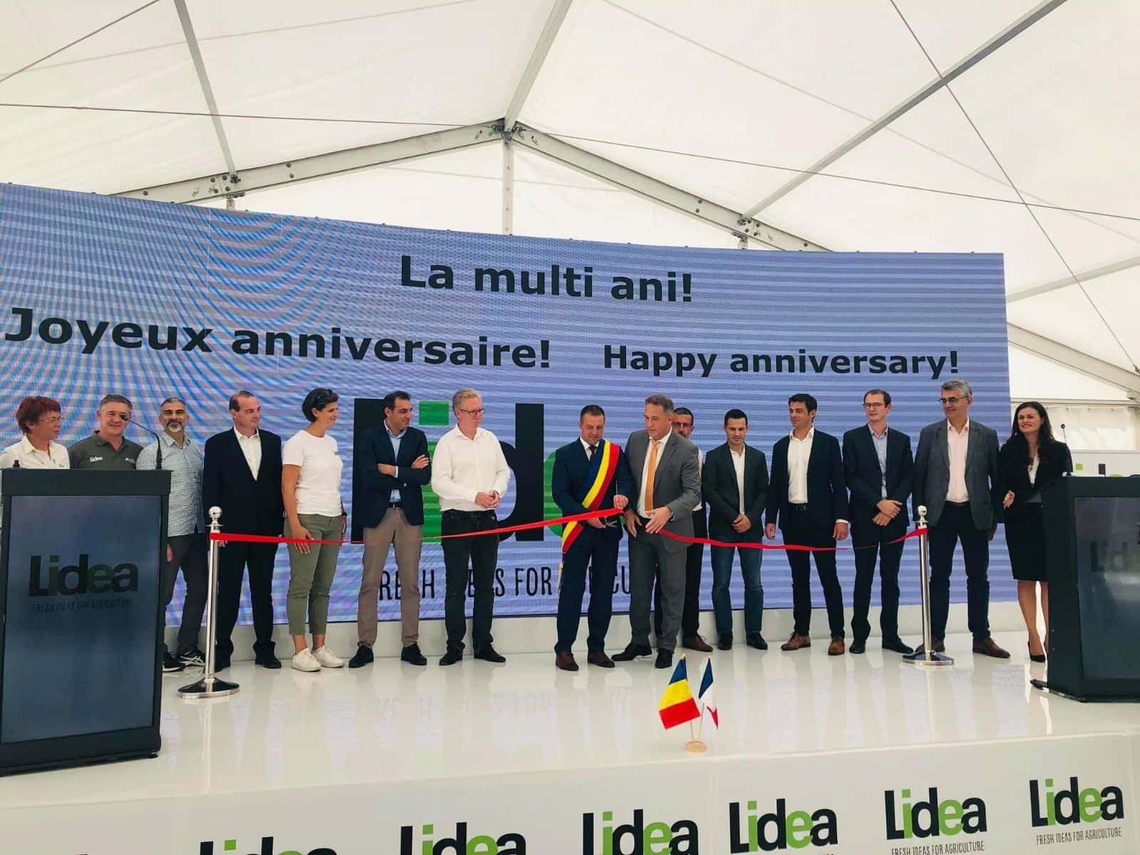 Inauguration d'une nouvelle usine en Roumanie